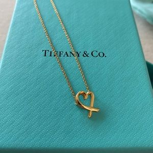 """Tiffany & Co. Picasso 18k gold 16"""" heart necklace."""